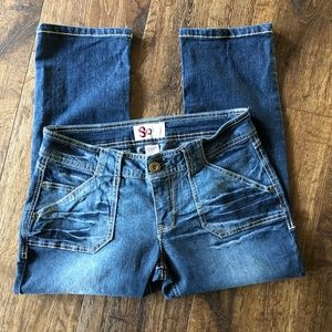 SO Capri Jeans Medium Wash Sz. 7